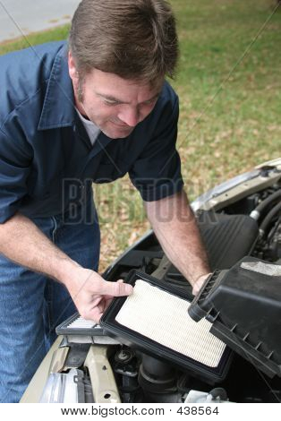 Replacing Auto Air Filter