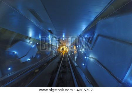 Shanghai Bund Tourist Tunnel
