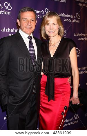 LOS ANGELES - MAR 20:  Bob Iger, Willow Bay arrive at the 21st Annual A Night at Sardi's to Benefit the Alzheimer's Association at the Beverly Hilton Hotel on March 20, 2013 in Beverly Hills, CA