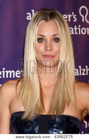 LOS ANGELES - MAR 20:  Kaley Cuoco arrives at the 21st Annual A Night at Sardi's to Benefit the Alzheimer's Association at the Beverly Hilton Hotel on March 20, 2013 in Beverly Hills, CA