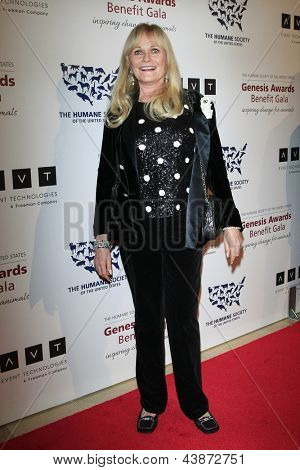 BEVERLY HILLS - MAR 23: Valerie Perrine at  the 2013 Genesis Awards Benefit Gala at The Beverly Hilton Hotel on March 23, 2013 in Beverly Hills, California