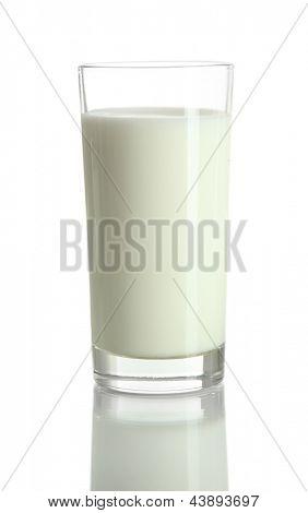 Vaso de leche, aislada en blanco