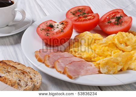 Omelet with ham and tomato and coffee