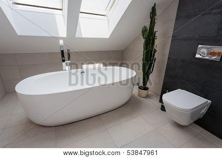 Urban Apartment - Luxury Bathroom