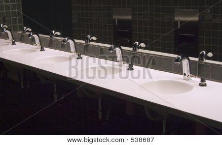 Bathroom Sinks 3
