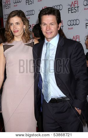 LOS ANGELES - NOV 12:  Rhea Durham, Mark Wahlberg at the