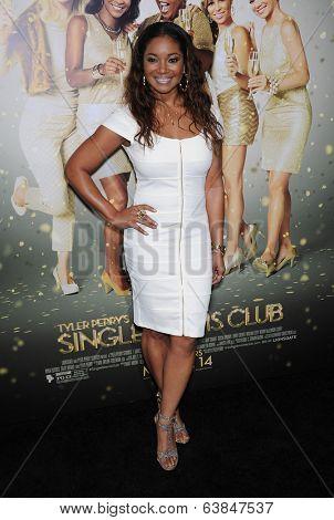 LOS ANGELES - MAR 10:  Tamala Jones arrives to the Tyler Perry's