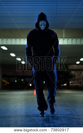 Mugger Wearing Mask At Night