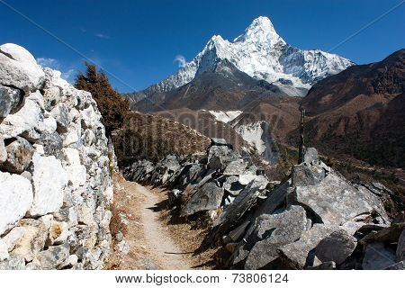 Ama Dablam And Mani Walls - Way To Everest Base Camp