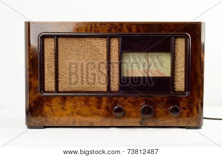 An Old-fashioned Radio