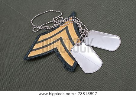 Us Army Uniform Period With Blank Dog Tags And Sergeant Rank Patch