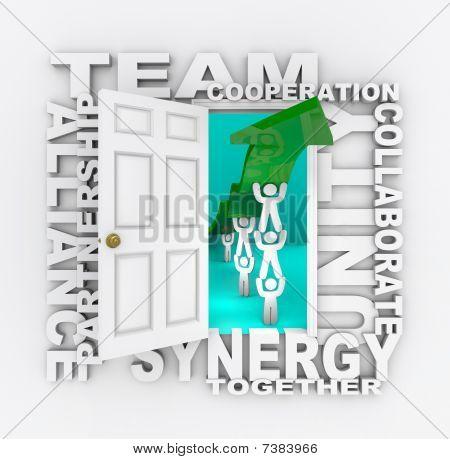 Trabajo en equipo - puerta abierta al éxito de colaboración