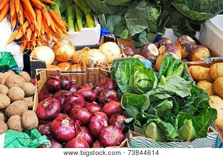 Selection of fresh vegetables.