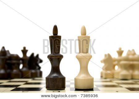 Chess King - Confrontation Concept