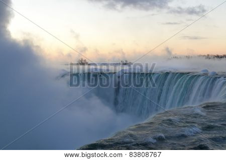 Daybreak at Horseshoe Falls on Cold Winter Morning