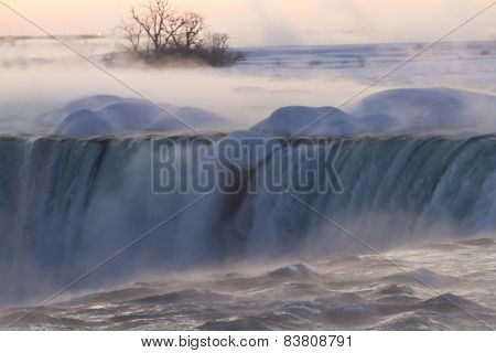 Niagara Falls on Winter Dawn
