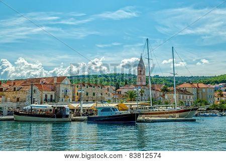 Quiet port Supetar