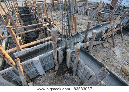 Construction House, Reinforcement Metal Framework For Concrete Pouring