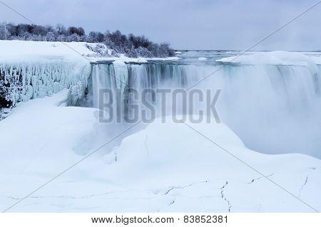 Frozen Horseshoe Falls In Winter
