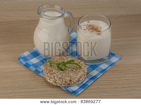 Kefir With Crispbread