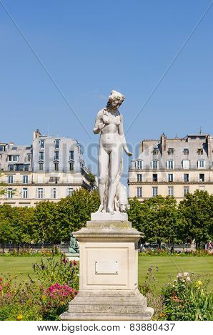 Nymph Tuileries