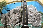 foto of lamas  - A monument fo Tibetan freedom and independance from China in the Indian town of Dharamsala - JPG