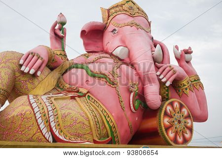the beautiful Ganesh statue