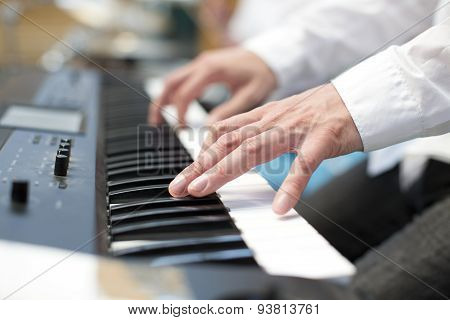 player pianist