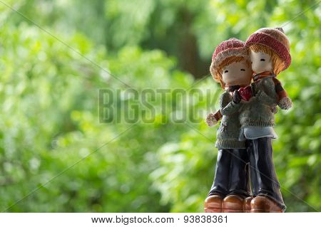 Two Dolls Winter Suit Hug And Holding Love Heart