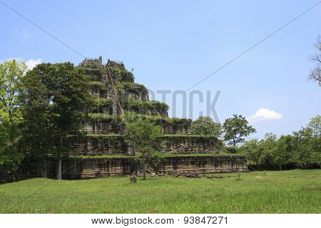 Angkor Wat  Pyramid
