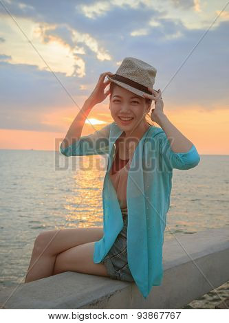 Portrait Of Young Beautiful Asian Woman Laughing And  Relaxing W