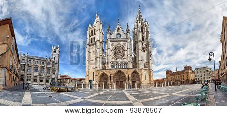 Panorama Of Plaza De Regla And Leon Cathedral, Spain