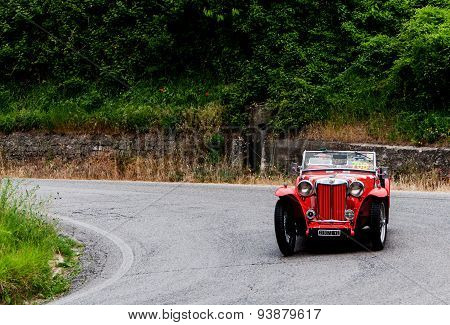 old car MG  TB  1939  mille miglia 2015