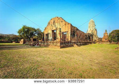 Wat Ratchaburana  In The Ayutthaya Historical Park, Ayutthaya