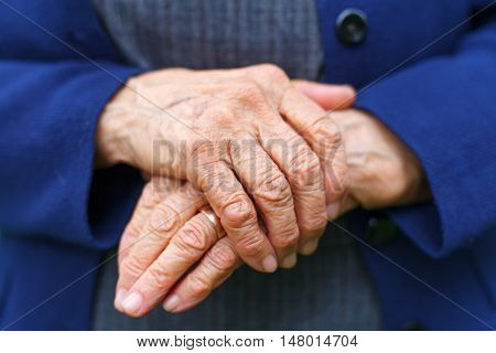 Close-up picture of an old woman's hands