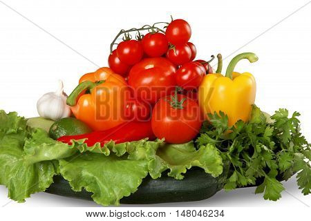 Tomatoes, bell peppers, cilantro, lettuce, garlic and chili peppers
