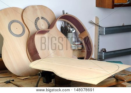 Details of the classical guitar luthier on the desktop