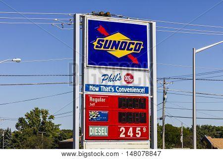 Ft. Wayne - Circa September 2016: Sunoco Retail Gasoline Location. Sunoco is a Subsidiary of Energy Transfer Partners IV