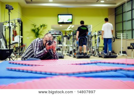 photographer in fitness club