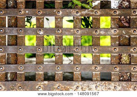 Old Gate Grid
