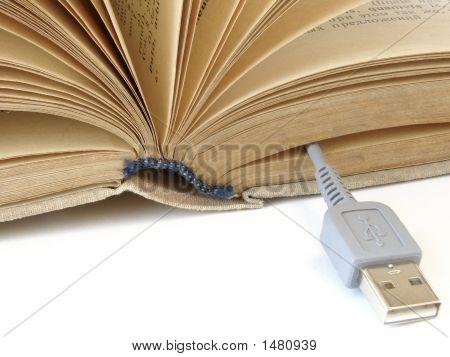 Buch mit Usb-Kabel