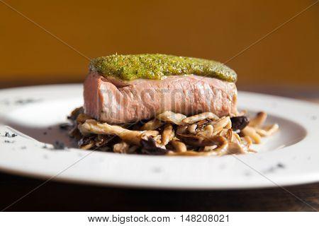 Pork fillet with mushrooms and pesto sauce