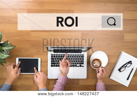 Roi Return On Investment Analysis Concept