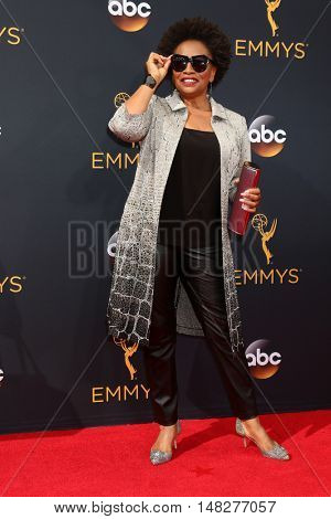 LOS ANGELES - SEP 18:  Jenifer Lewis at the 2016 Primetime Emmy Awards - Arrivals at the Microsoft Theater on September 18, 2016 in Los Angeles, CA