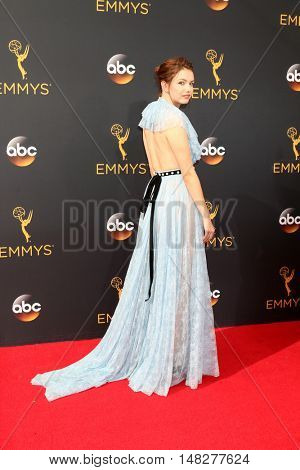LOS ANGELES - SEP 18:  Hannah Murray at the 2016 Primetime Emmy Awards - Arrivals at the Microsoft Theater on September 18, 2016 in Los Angeles, CA