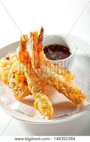 Deep Fried Shrimp with Sauce