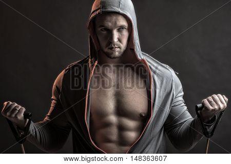Training Muscular Man