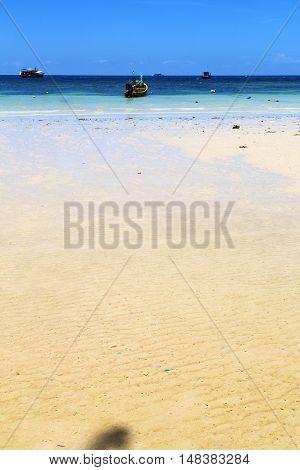 Asia   The  Kho Tao Bay      Rocks House Boat   South China Sea