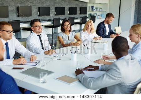 Managers brainstorming