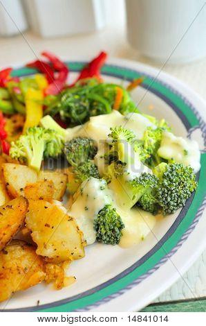 Cozinha asiática de brócolis
